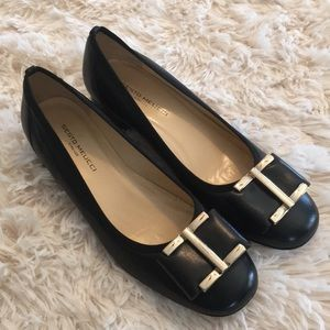 Sesto Meucci Black Leather Bow Low Heels Gold